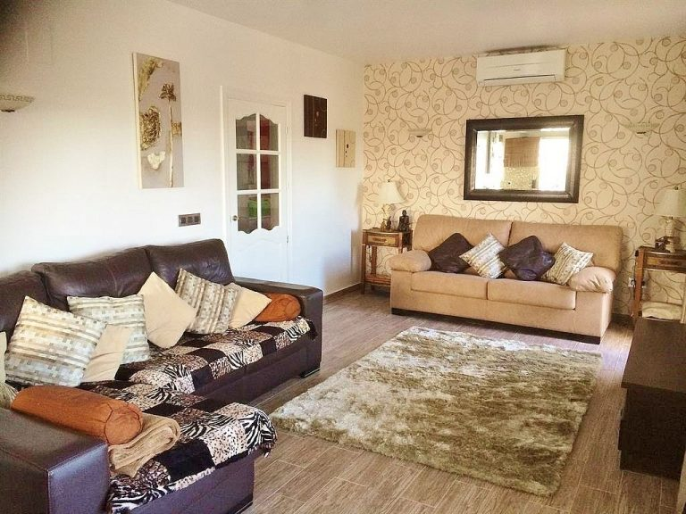 Villa/Apartment Rental vs Hotel Stay in Europe - Holiday Rental Calpe
